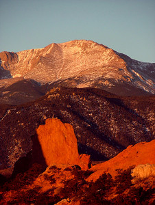 Pikes Peak Sunrise from Garden of the Gods