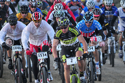 Dave Weins leads the start of the 2010 Leadville 100