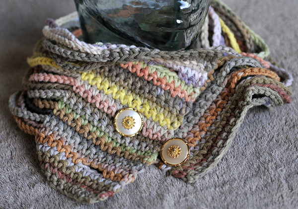 A Cowl of Many Colors