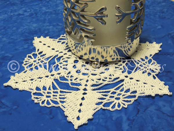 Flirtation Peak Snowflake makes a great doily, too!