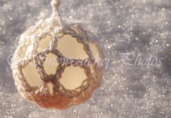 Sparkly Snowy Snowball