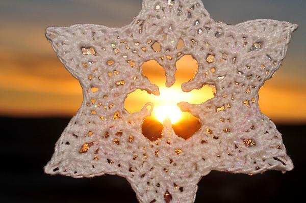 Gemini Snowflake Sunrise