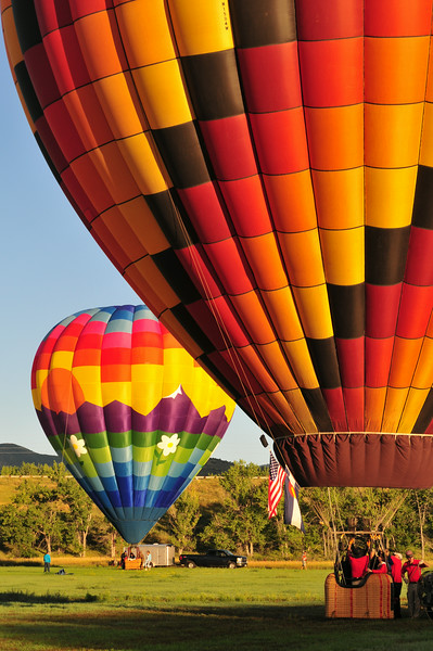 The Rocky Mountain Balloon Festival doesn't exist anymore, but that doesn't stop balloons from making a weekend of good weather at Chatfield Reservoir!